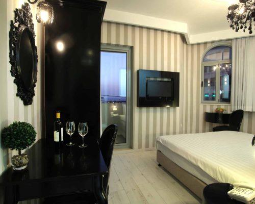 מלון בל0240 (1)